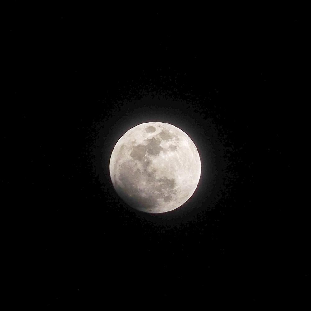 LUMIX G X VARIO PZ 45-175mmで月食撮影