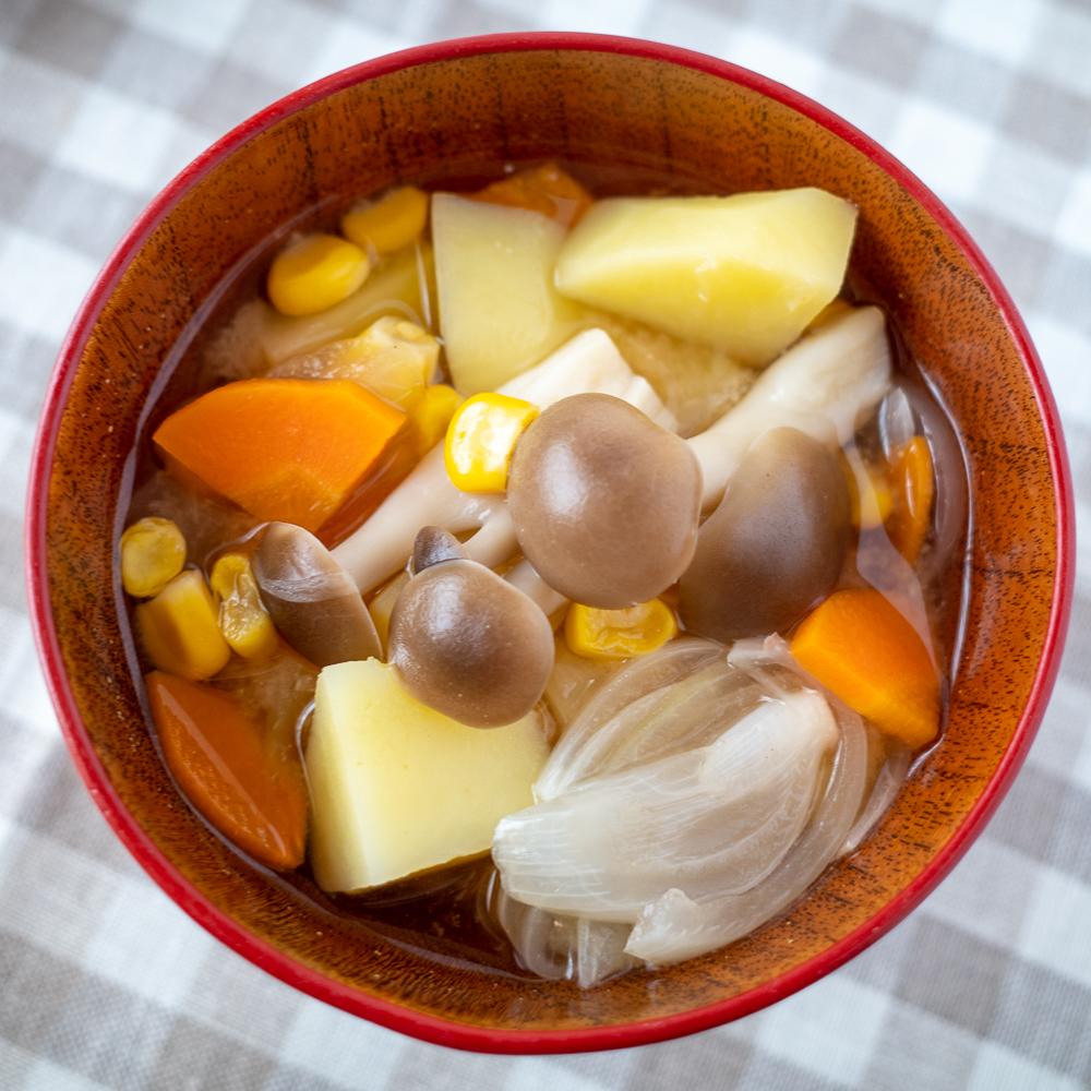満菜味噌汁