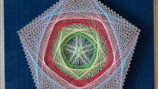 春が来て、芽吹き花ひらく(string art)